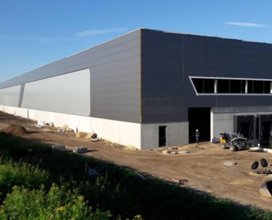 Distribution center DB Schenker
